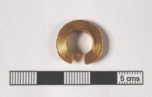 Lock- ring from Cheesburn Grange, Northumberland l © Trustees of the British Museum